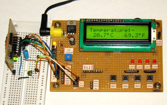 Digital thermometer using PIC16F688 and LM35