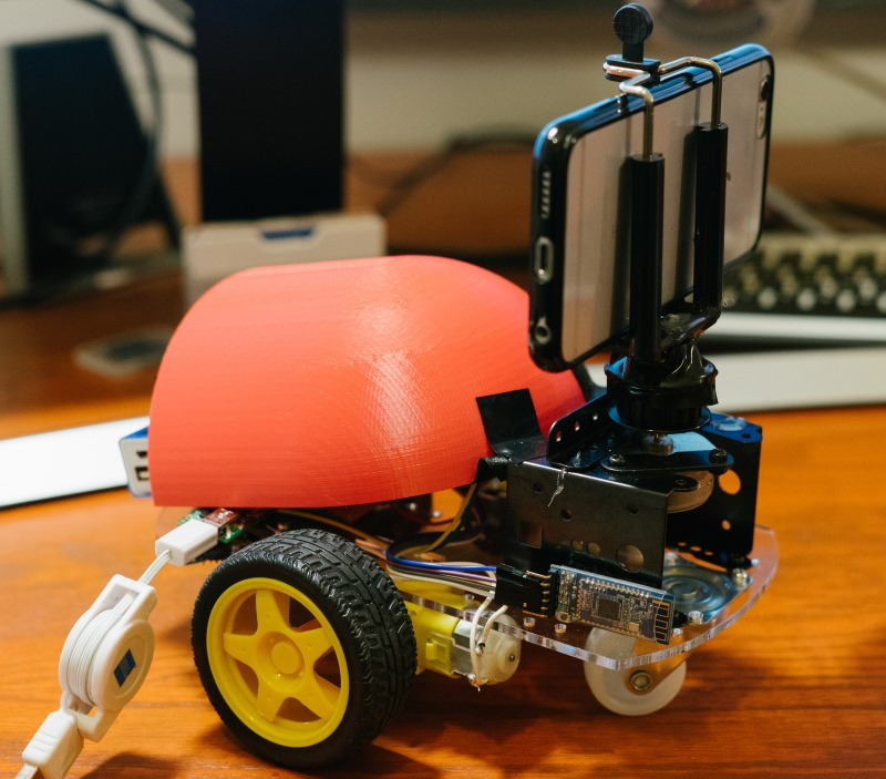 Dolly: Motion control camera robot