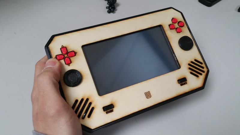 Portable Rpi game emulator
