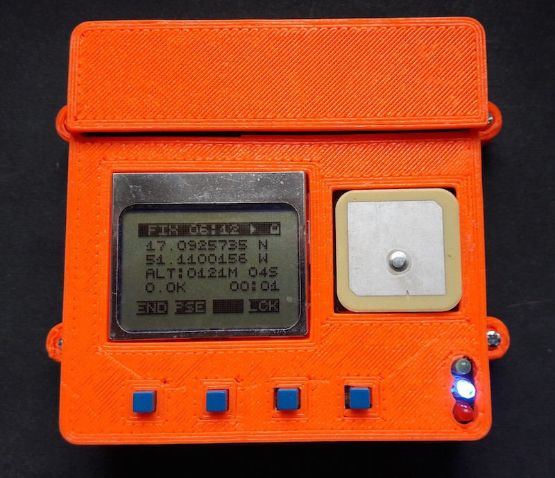 DIY GPS tracker for hiking trips